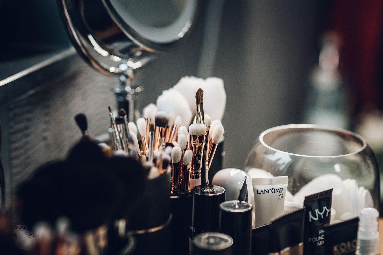 trendy makijazowe